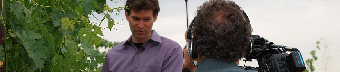 Noah Diffenbaugh being interviewed by Mark Shwartz at winery
